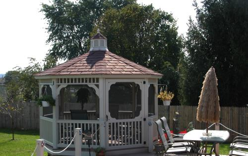Gazebo pagoda style with decorative y posts