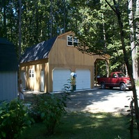 1 story garage with entry door in Gloucester